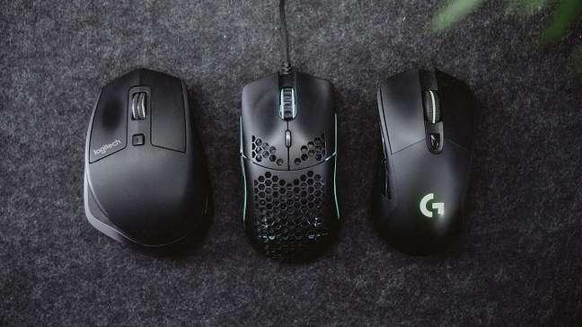 Diferentes mouses com capacidades de DPI próprias