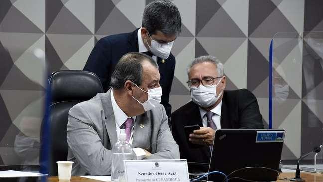 Integrantes da CPI da Covid investigam ligações entre suspeitas de fraudes em mortes por covid e gabinete paralelo do governo Bolsonaro