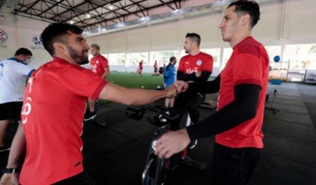 Gatito se apresenta na Seleção (Foto: Divulgação / Paraguai)