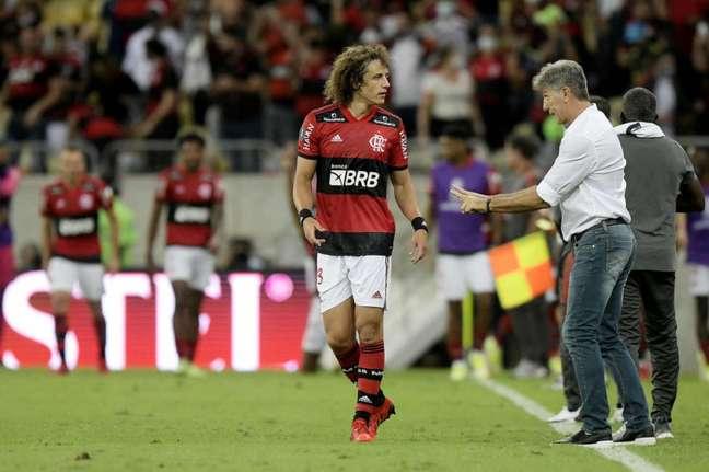 O zagueiro David Luiz durante sua estreia pelo Flamengo, no Maracanã (Foto: Staff Images/Conmebol)