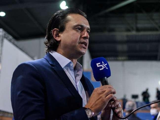 O dirigente está na Espanha fazendo um curso da FIFA e admitiu mais atrasos salariais na Raposa-(Gustavo Aleixo/Cruzeiro)
