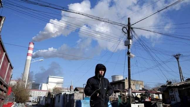Mesmo após anúncio do presidente, futuro das usinas a carvão da China ainda são incógnita