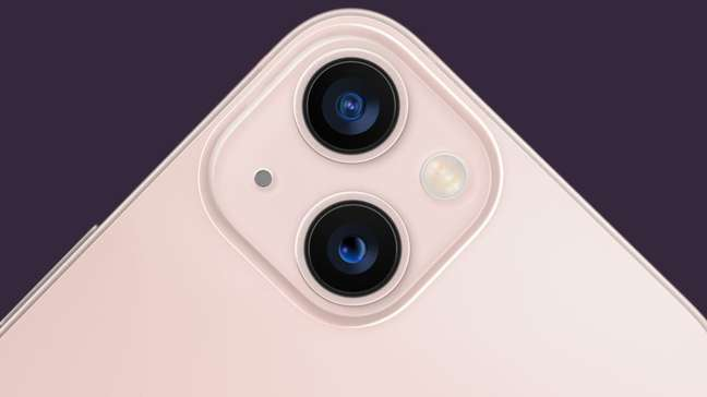 Câmera dupla do iPhone 13