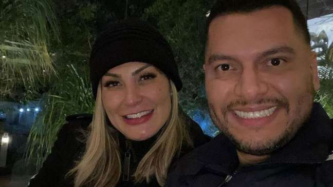 Os dois se casaram em dezembro de 2020, um mês após o anúncio do romance.