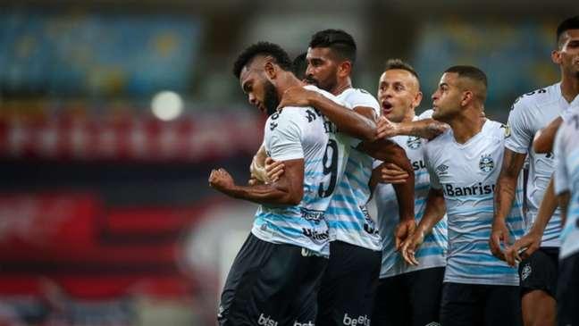 Grêmio precisa vencer o seu jogo na Arena da Baixada (LUCAS UEBEL/GREMIO FBPA)
