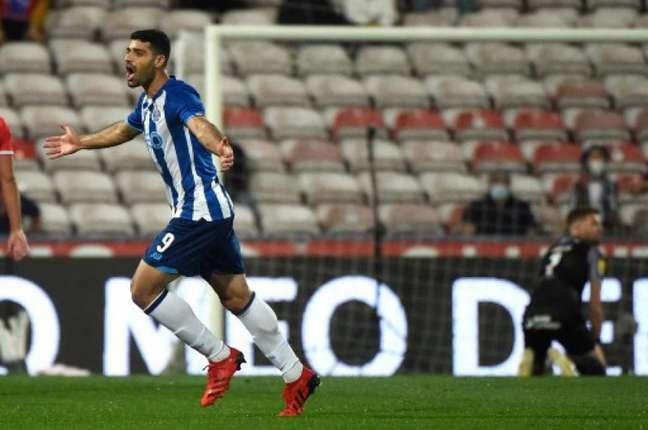 Porto bateu o Gil Vicente pelo Português (Foto: MIGUEL RIOPA / AFP)