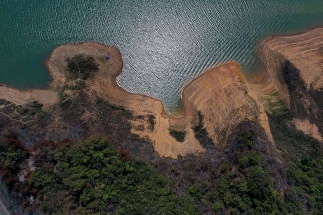 Baixo nível da represa de Furnas 7/09/2021 REUTERS/Washington Alves