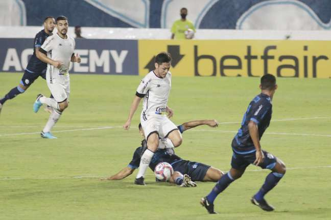 Botafogo joga mal e perde para o CSA por 2 a 0 no Rei Pelé