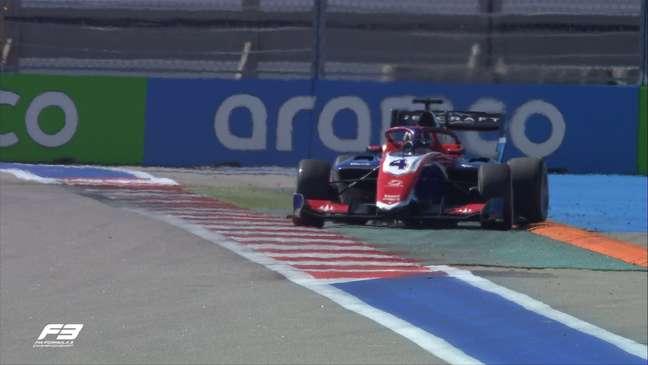 Jack Doohan garantiu a pole depois da revisão dos tempos da F3 em Sóchi