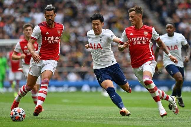 Arsenal e Tottenham se enfrentaram em amistoso de pré-temporada antes do começo da Premier League (Foto: AFP)