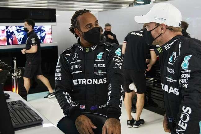 Lewis Hamilton teve um sábado frustrante em Sóchi
