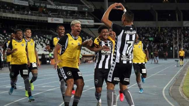 Luiz Fernando marcou o gol da vitória do Botafogo na ocasião (Foto: Vítor Silva/Botafogo)