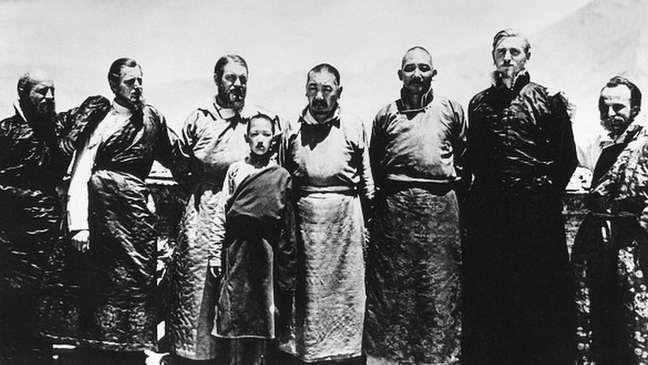 Ernst Schafer (terceiro a partir da esquerda) no Tibete em 1939