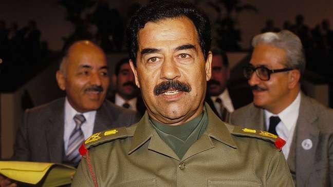 É altamente improvável que Saddam tenha doado 24 litros de sangue para que livro fosse escrito