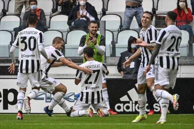 Juventus venceu Sampdoria e Locatelli marcou seu primeiro gol pela Juventus (ALBERTO PIZZOLI / AFP)