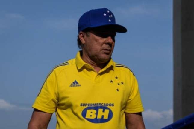 Luxemburgo tentou disfarçar o desânimo após o revés para o CSA que afastou o Cruzeiro ainda mais do G4-(Gustavo Aleixo/Cruzeiro)