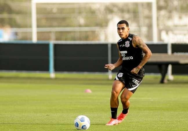 Du Queiroz fez seu primeiro clássico contra o rival defendendo o Corinthians (Foto: Rodrigo Coca/Ag. Corinthians)