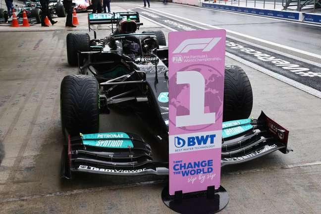 Lewis Hamilton chegou a 100 vitórias na Fórmula 1 no GP da Rússia