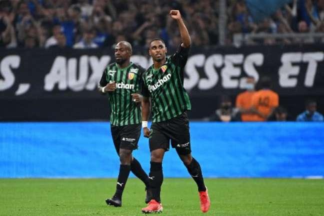 Wesley Said marcou o gol da vitória do Lens (Foto: CHRISTOPHE SIMON / AFP)