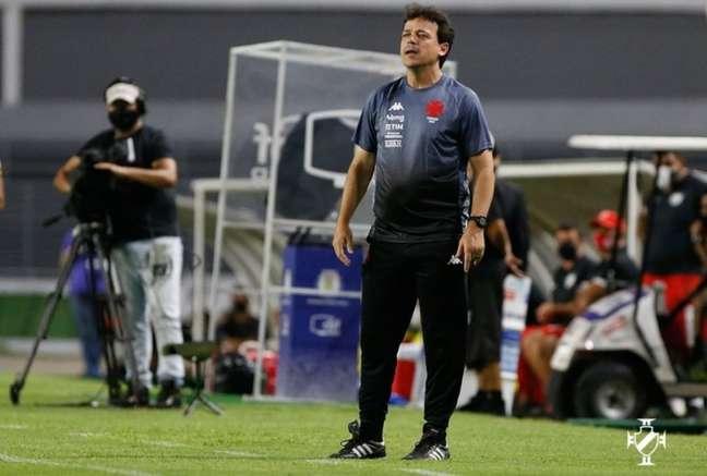 Fernando Diniz conquistou sua primeira vitória como treinador do Vasco (Rafael Ribeiro/Vasco)