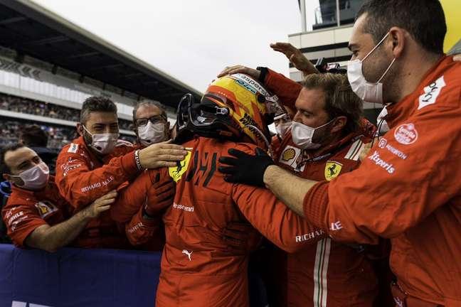 Carlos Sainz festejou, na Rússia, seu terceiro pódio na temporada