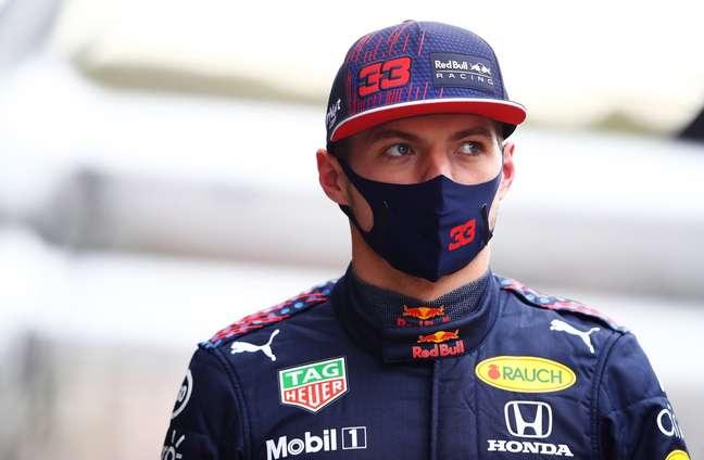 Max Verstappen salvou um segundo lugar inesperado