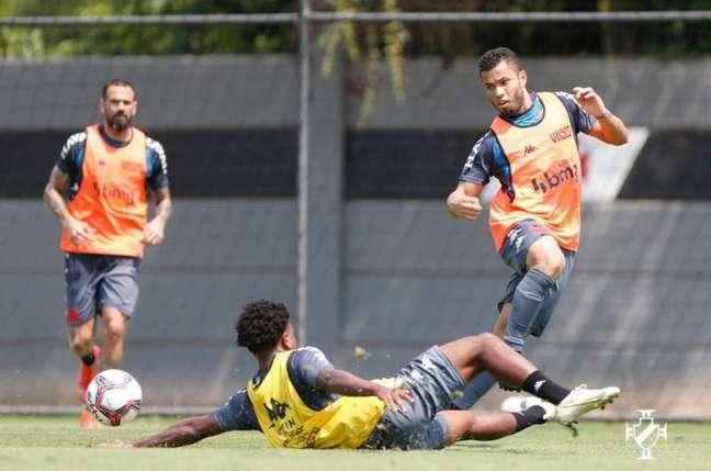 Vasco conseguiu diminuir a diferença para o G4 da Série B ao derrotar o Brusque (Rafael Ribeiro/Vasco)