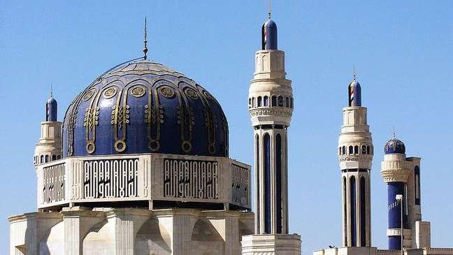 Mesquita de Bagdá foi construída por ordem de Saddam Hussein