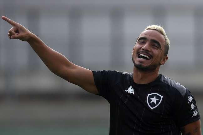 Rafael em treino do Botafogo (Foto: Vítor Silva/Botafogo)