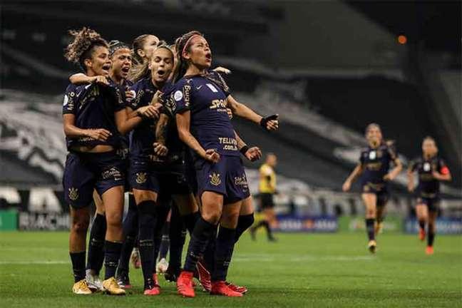 Corinthians foi campeão brasileiro feminino após bater o Palmeiras (Foto: Marco Galvão / Agência Corinthians)