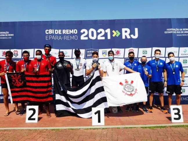 Lucas Verthein conquistou quatro medalhas no Campeonato Brasileiro de Remo, alcançando a marca de 43 títulos nacionais na carreira (Foto: SMG / Divulgação)