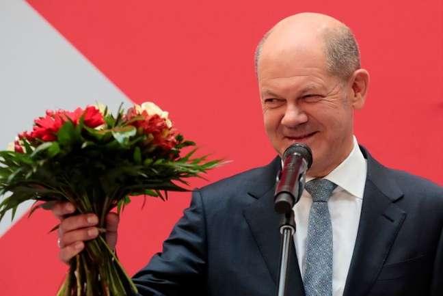 Líder social-democrata alemão, Olaf Scholz, na sede do partido em Berlim após eleição geral na Alemanha 27/09/2021 REUTERS/Hannibal Hanschke