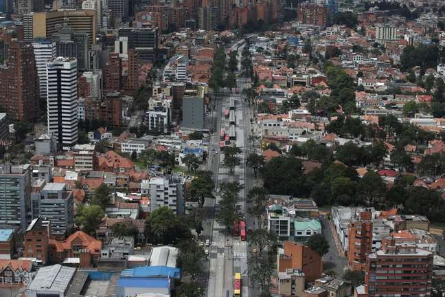 Vista aérea da cidade de Bogotá 07/04/2020 REUTERS/Luisa Gonzalez