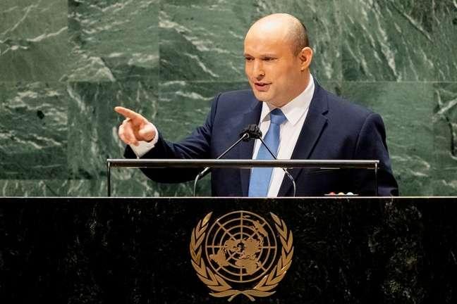 Primeiro-ministro de Israel, Naftali Bennett, durante discurso na Assembleia-Geral da ONU em Nova York 27/09/2021 John Minchillo/Pool via REUTERS