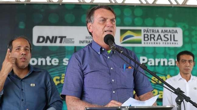 Jair Bolsonaro discursa em Santa Filomena, no Piauí