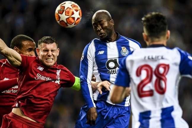 Porto e Liverpool enfrentam-se pela Champions (Foto: PATRICIA DE MELO MOREIRA / AFP)