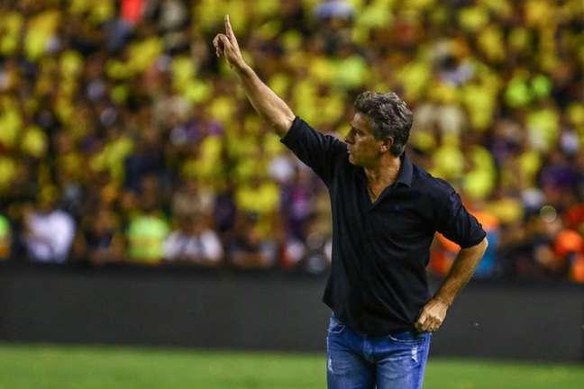Renato no comando do Grêmio, em 2017, na semifinal da Libertadores no Monumental (Foto: Lucas Uebel/Grêmio)