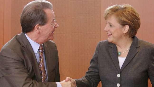 O mandato de 2005 a 2009 foi o primeiro de Angela Merkel com o SPD, do ministro Franz Muentefering