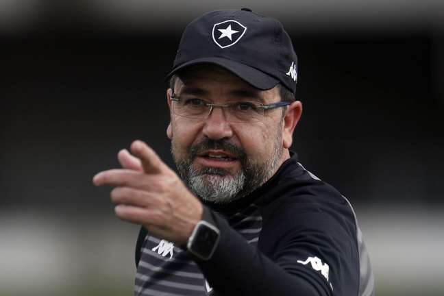 Enderson Moreira ressaltou a capacidade de reação do Botafogo (Foto: Botafogo/Vitor Silva)