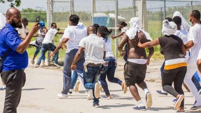 Haitianos foram deportados e chegaram desesperados em Porto Príncipe