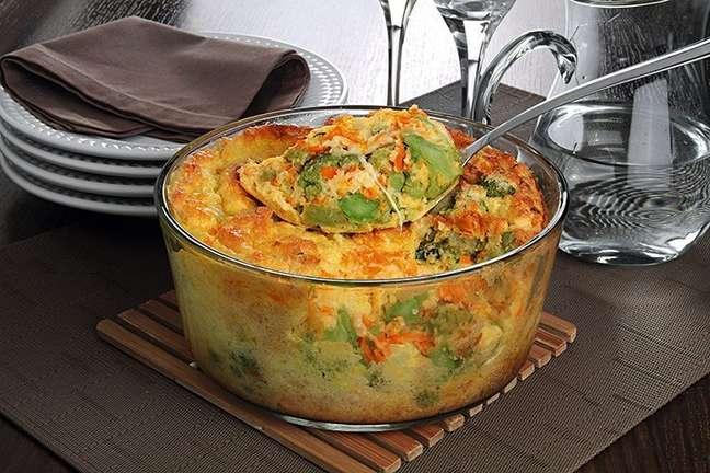 Guia da Cozinha - Segunda Sem Carne com suflê de cenoura e brócolis