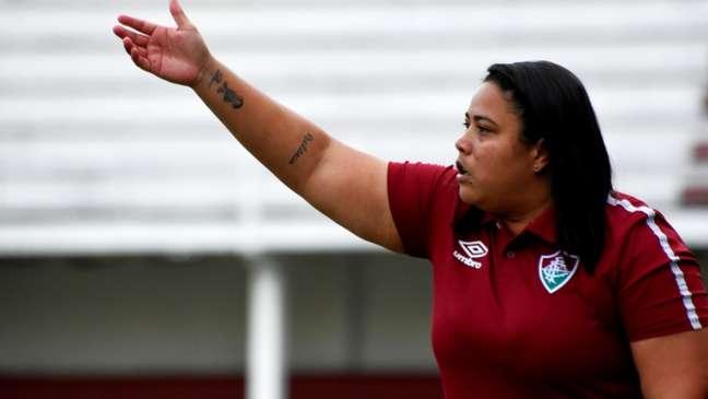 Thaissan Passos comanda a equipe feminina do Fluminense (Foto: Mailson Santana/FFC)