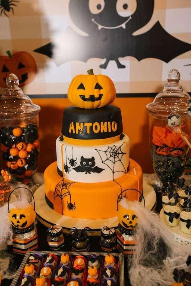 54. Use todos os símbolos do halloween na sua festa – Por: Fresh IDEEN