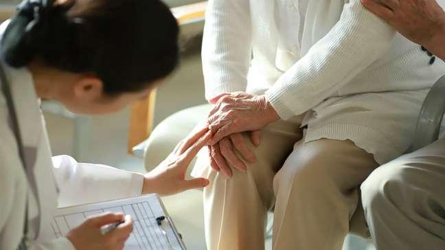 Relatório da XP Asset Manegment afirmou que a Prevent Senior 'desafia a lógica do setor' por focar em idosos
