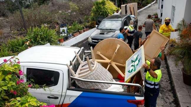 Cerca de 6.000 pessoas precisaram deixar suas casas por causa da erupção