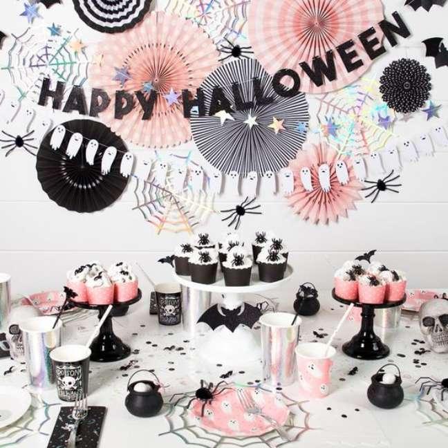 24. Decoração de festa de halloween – Por: Dicas de Mulher