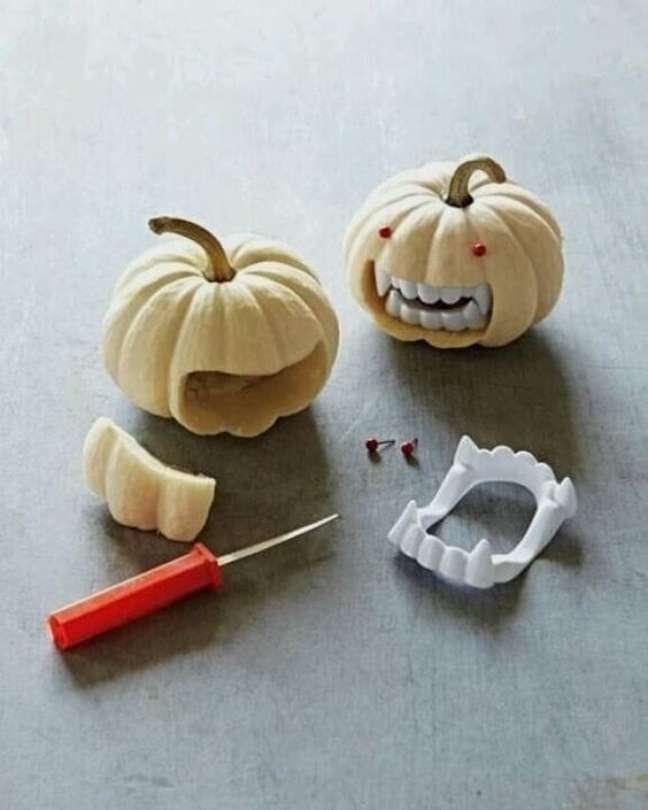49. As abóboras enfeitadas para halloween são ótimas opções para sua casa – Por: Melina Carelli Atelier Design