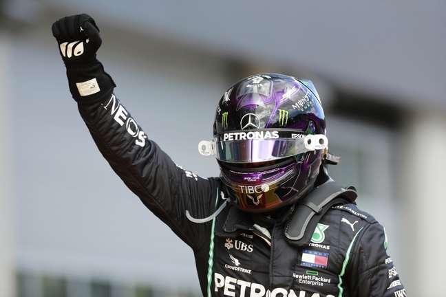 Hamilton quer continuar na F1 para deixar a categoria mais acessível