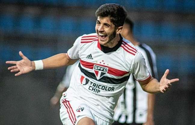 Beraldo foi o autor do gol da vitória do São Paulo sobre o Atlético-MG (Foto: Carlos Santana/Portal da Base Brasi)