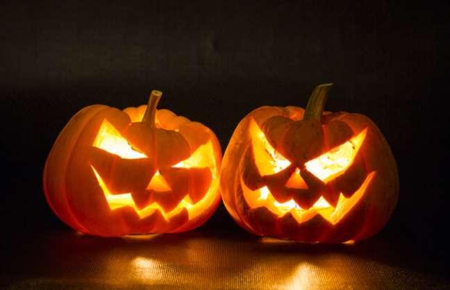 7. A Abóbora halloween é inspirada na história de Jack o Lantern – Por: Follow the Colours